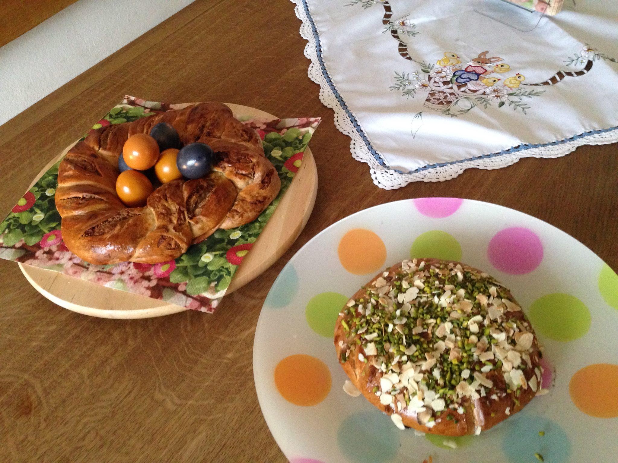 Osterfladen und Osterkranz